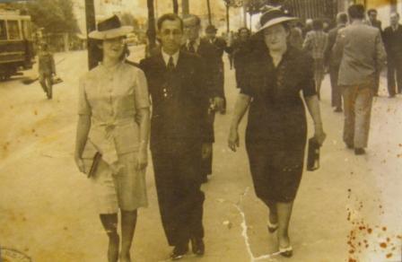 Rivka Demajo Pijade u Beogradu 1940. sa ćerkom Lili i zetom Mošom Šikijem Varonom.