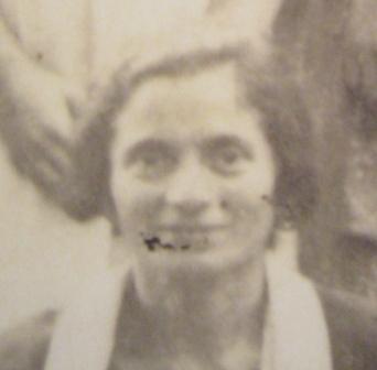 Sali Arueti, Jakovljeva supruga, ugušena 1942