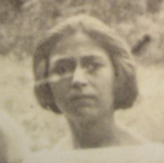 Sali Arueti, Hajimova supruga, ugušena 1942